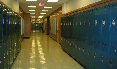 l'éclairage des couloirs